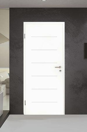 Türelement in Weißlack Design 9010 mit sechs Rillen quer