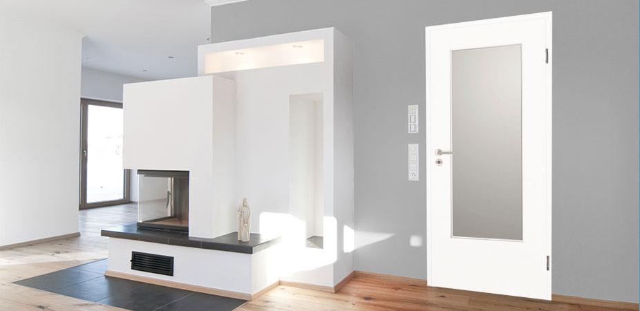 Innentüren in Weißlack 9016 mit großem Lichtausschnitt