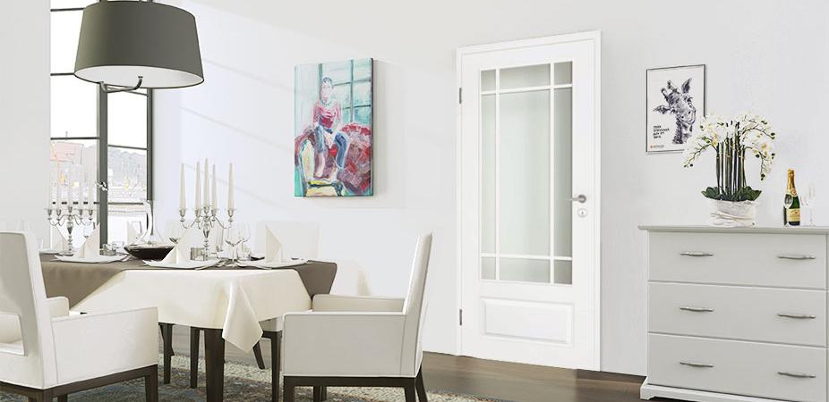 Türelement in Weißlack Stil 9010 mit einer kleinen Füllung, einem großen Lichtausschnitt und 9tlg. Sprossensatz