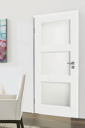 Türelement in Weißlack Stil 9010 mit drei Lichtausschnitten